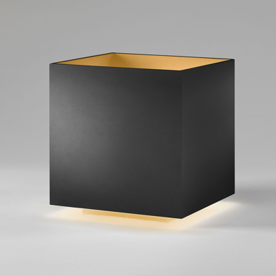 Mynd af COZY SQUARE Black-Gold