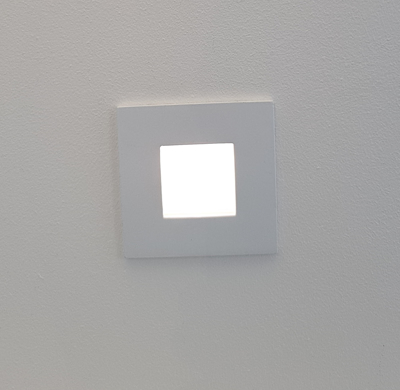 Mynd af One Light WHITE WALL RECESSED 1W LED WARMW 220-240V